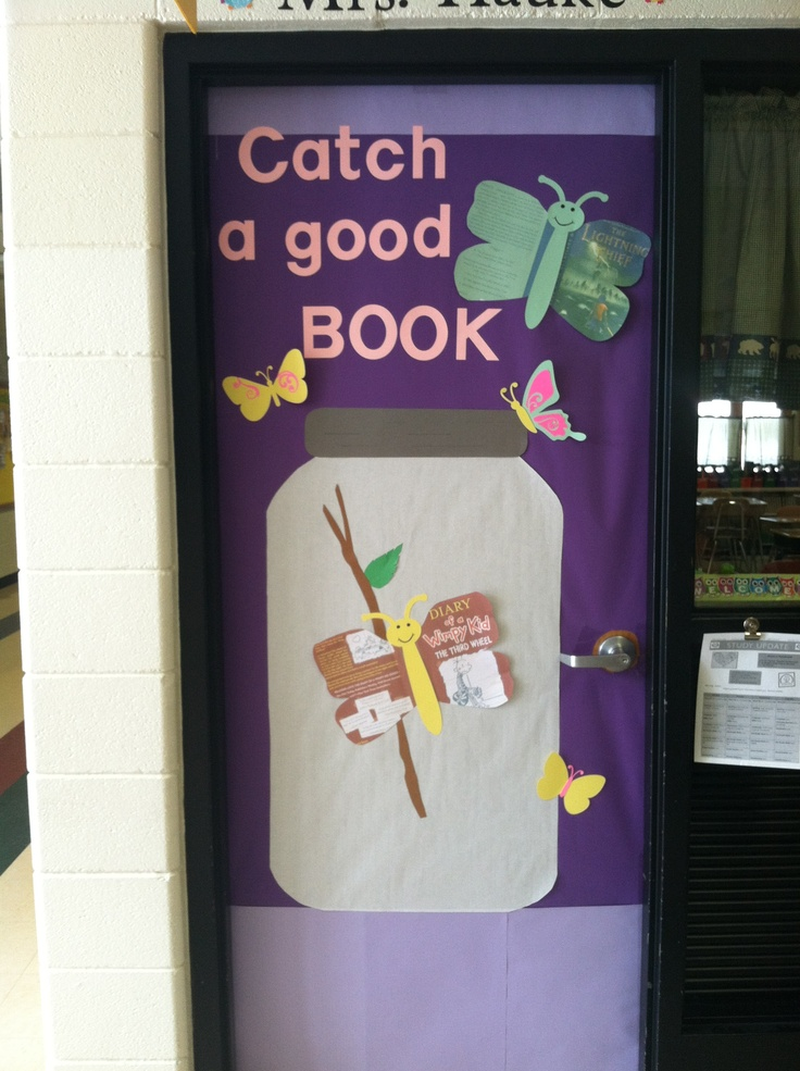 Classroom door Spring, reading, books | Classroom Decor | Pinterest