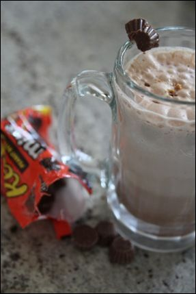 Peanut Butter Cup Blended Mocha | Hot Chocolate. | Pinterest