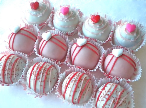 Red Velvet Cake Bites | Valentine Ideas | Pinterest