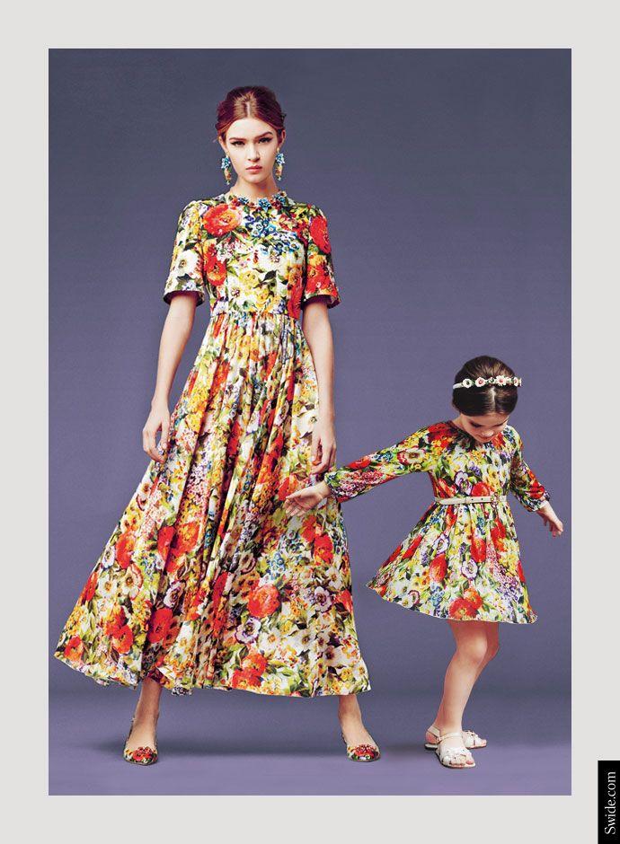Дольче и Габбана осень-зима 2014-15 мать и дочь, подходящих платья идеи: Букет печати платье -
