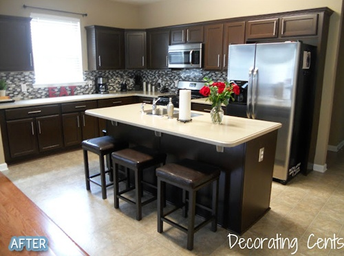 love this kitchen! This is making it hard for me to decide on dark