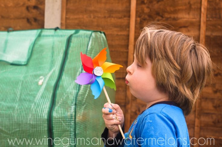 How to make a rainbow pinwheel