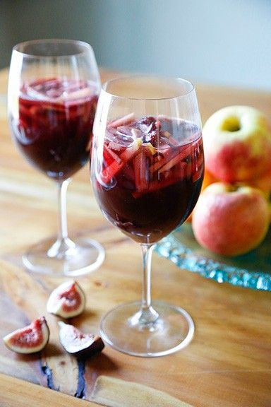 Apple Cinnamon Sparkling Sangria Recipe — Dishmaps