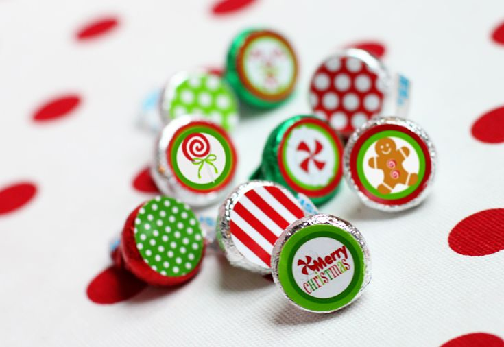 Great Ideas -- 22 Free Holiday Printables!!