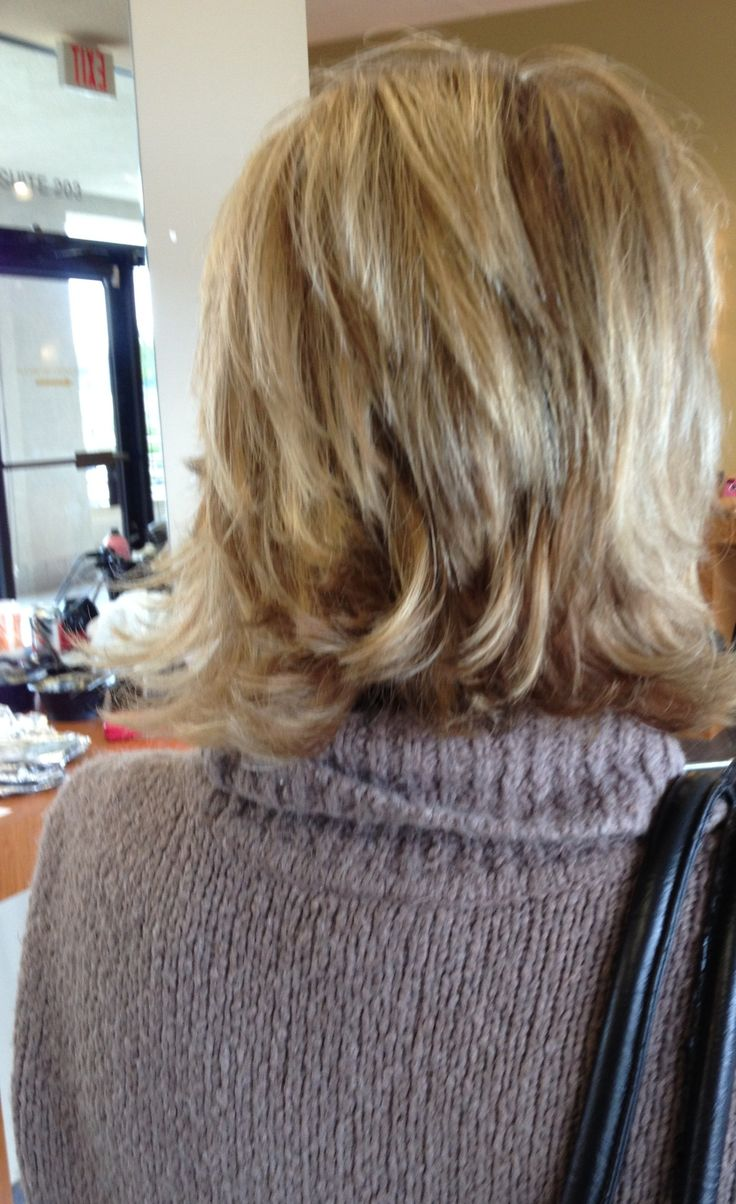 Layered Bob Hairstyle with Chunky Highlights