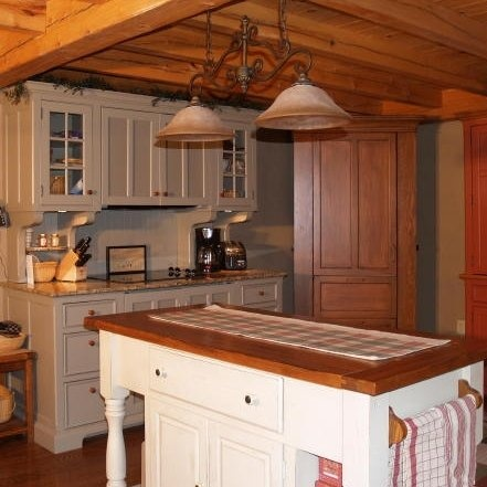 Kitchen post and beam kitchens pinterest for Post and beam kitchen ideas