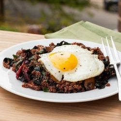 ... Quinoa with Mushrooms, Rainbow Chard and an Egg. 320 calories per
