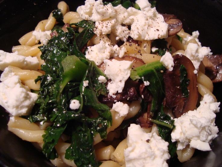 KALE, FETA & MUSHROOM PASTA | Recipes | Pinterest