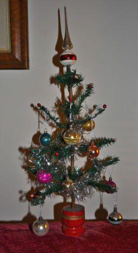 Rare antique vintage german goose feather christmas tree for Antique christmas tree decoration