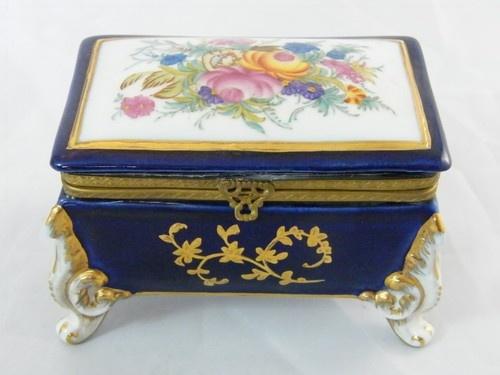 Ручная роспись позолоченного Цветочные Box Брелок Фарфор
