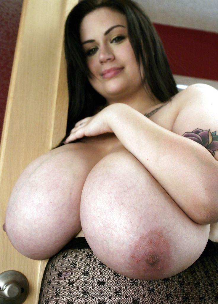 Big tits at work diamond kittywanted woman