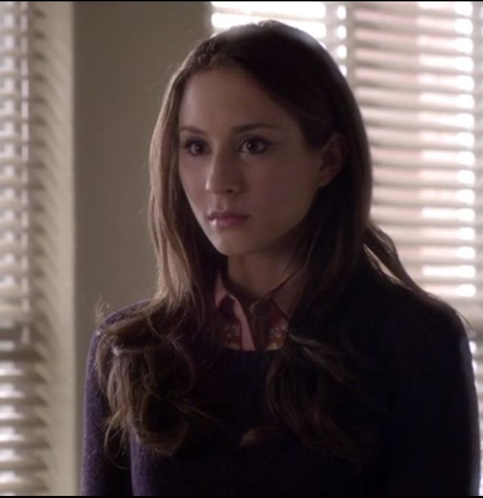 stocking cap weave hairstyles : Spencer Hastings #pll Work Outfits Pinterest