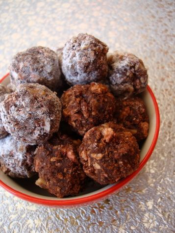 Chocolate Rum Balls! - No Bake | Foodie | Pinterest