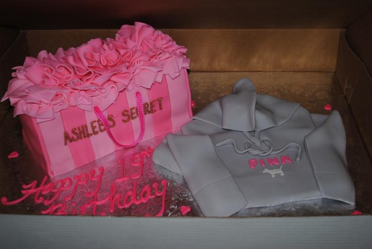 Ashlee's 19th Birthday Cake heyyy mom, fond the cake i ...