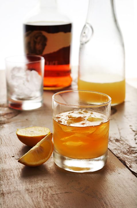 vermontucky lemonade—bourbon, lemon, maple syrup, and club soda