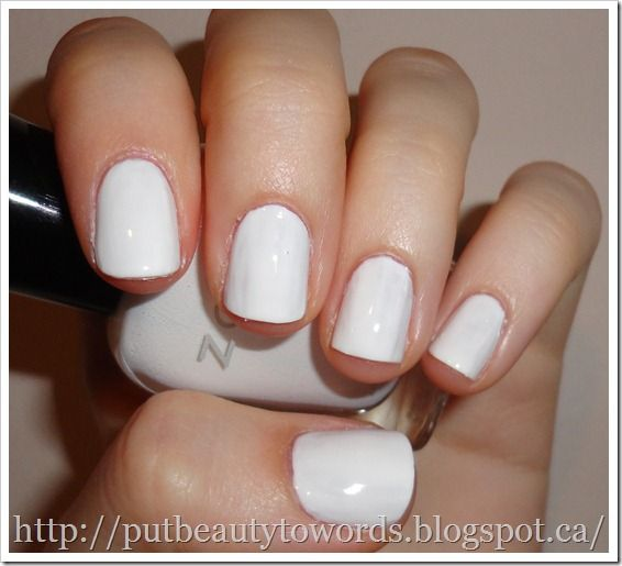 Zoya Snow WhiteZoya Snow White