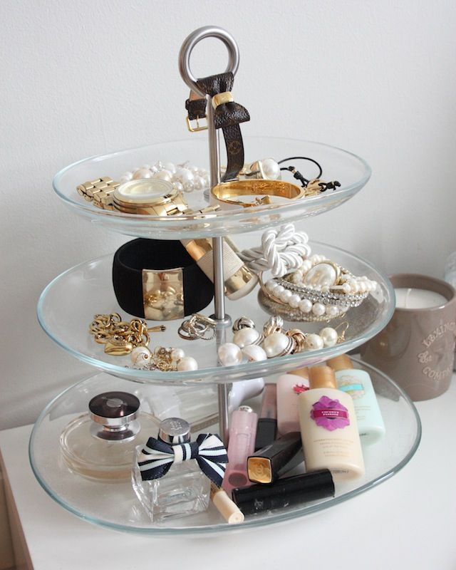 jewelry storage- use my pottery barn plate stand for this? Could also use in my craft/guest room