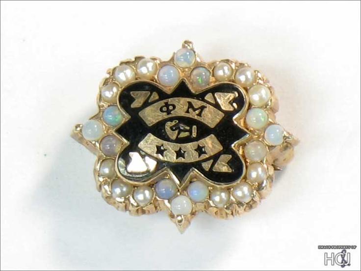 Phi Mu - pearls... Phi Mu Badge Pearl