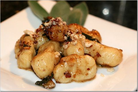 gnocchi with brown butter sage sauce gnocchi w butter sage sauce