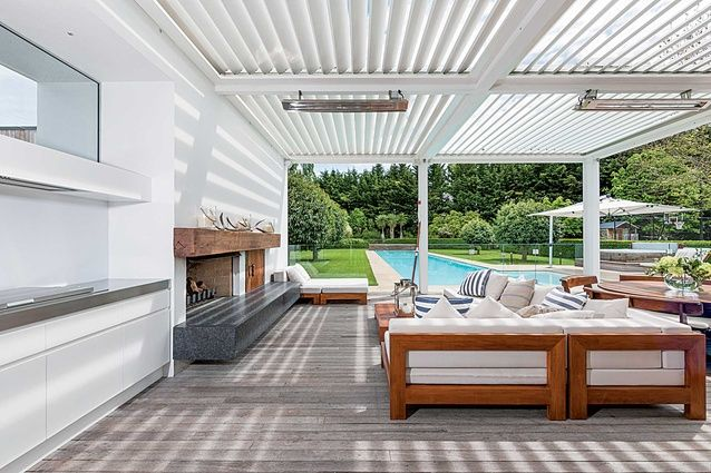 The Enclosed Outdoor Living Space Spatial Love Pinterest