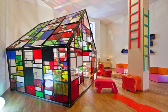 Boffo Showhouse: What a pretty playroom!