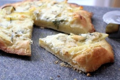 Potato Pizza with Blue Cheese and Rosemary | Recipe