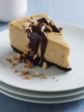 frozen peanut butter honey cheesecake with warm chocolate honey sauce