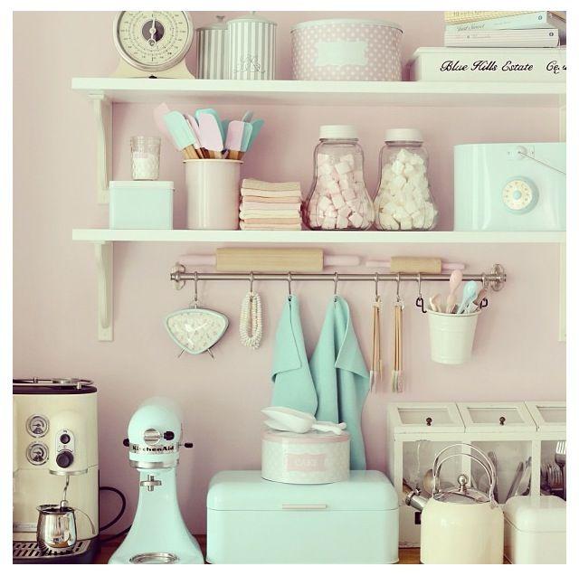Pastel Coloured Kitchen Accessories