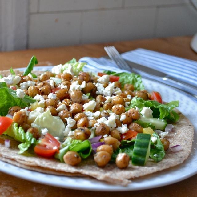 Mediterranean chickpea salad | foodie | Pinterest