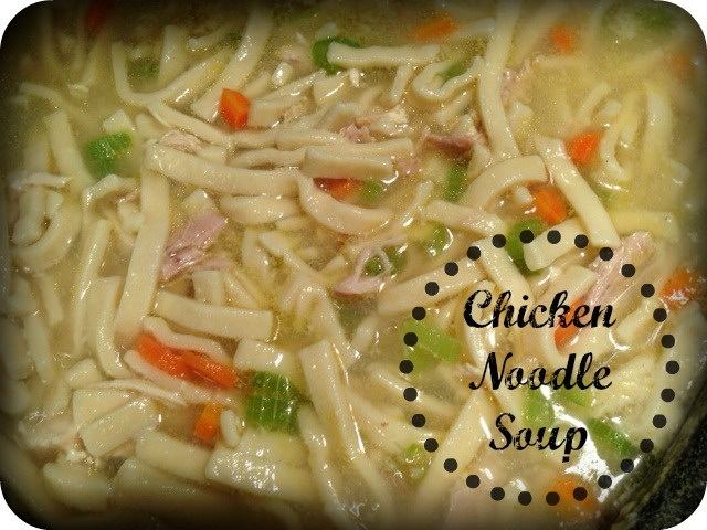Easy Chicken Noodle Soup | Delish Delish! | Pinterest