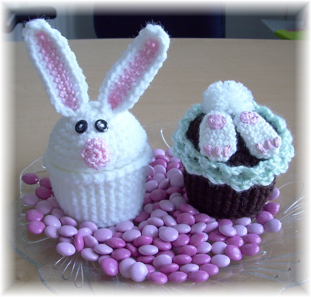 Easter Surprise Cupcakes | Easter | Pinterest