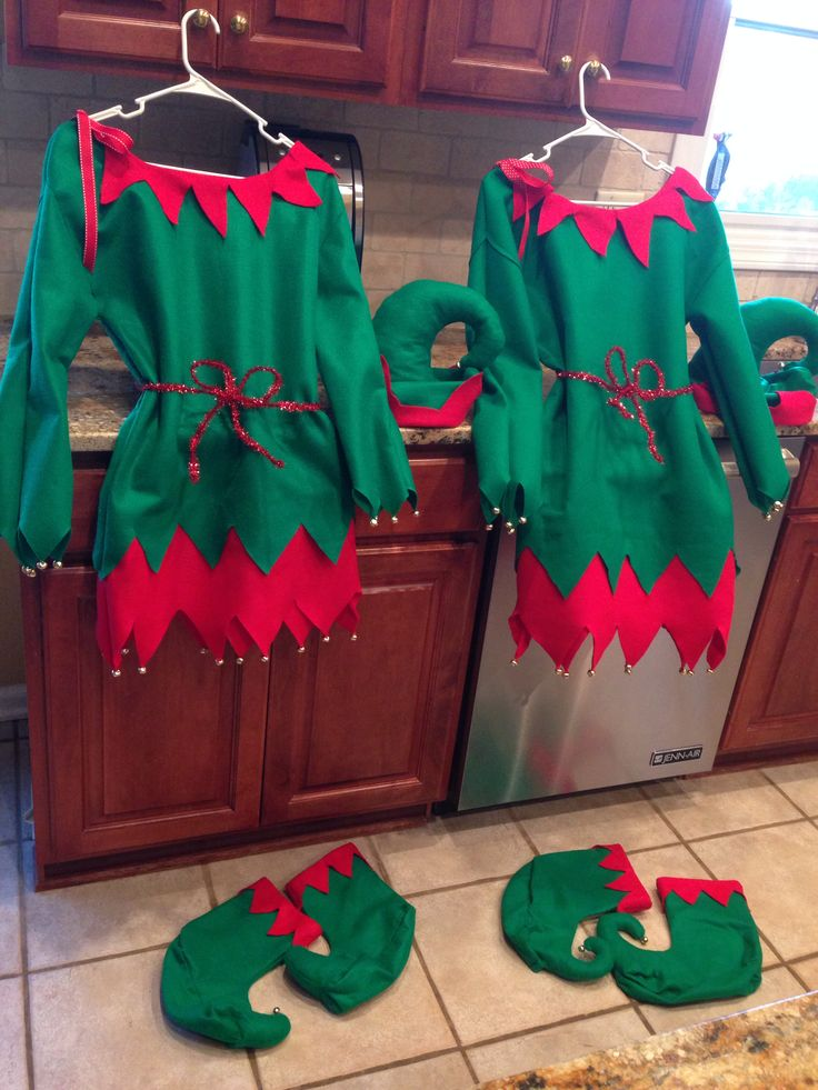 Elf costumes see if some teen girls will do this - Disfraces duendes navidenos ...
