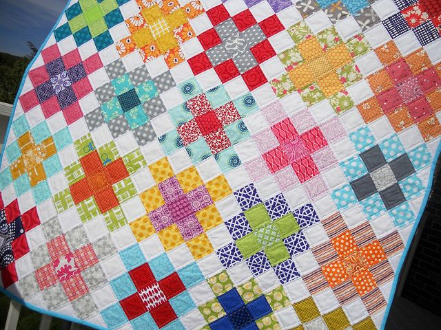 Granny Squares baby quilt - done w/out sashing. SEW beautiful!
