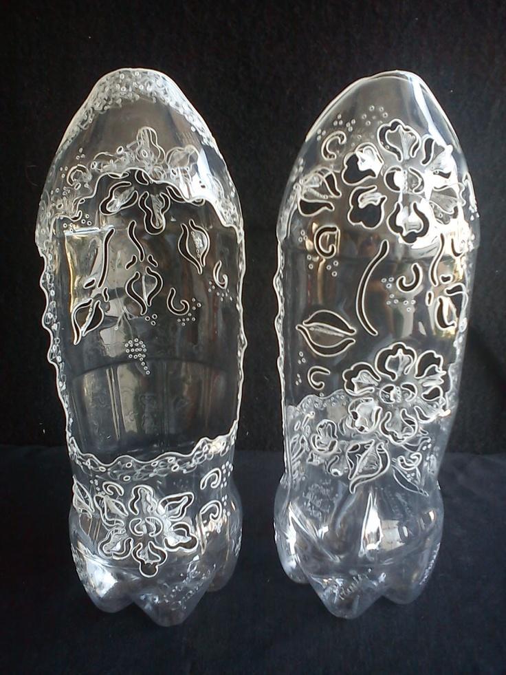 Plastic bottle art must do crafts pinterest for Plastic bottle art