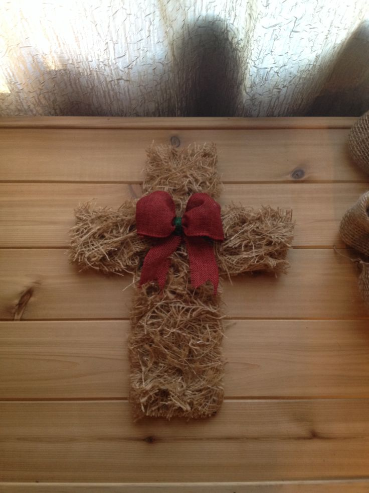 Christmas Crafts with Burlap
