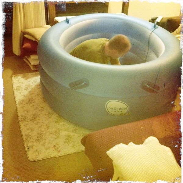 Great tips for a water birth (including one important tip for apartment dwellers)