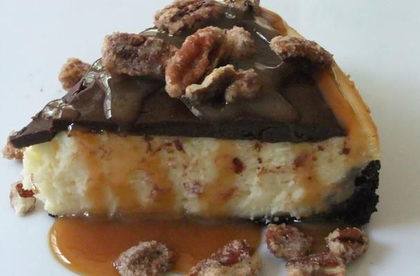 Chocolate Caramel Pecan Cheesecake Bliss | sweet tooth | Pinterest