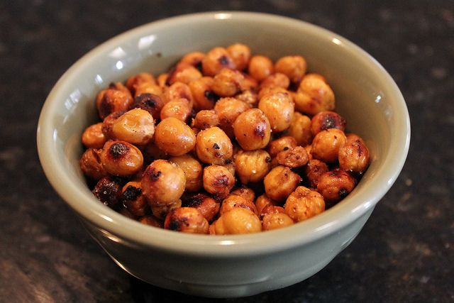 Crispy Roasted Chickpeas (Garbanzo Beans) Recipe — Dishmaps