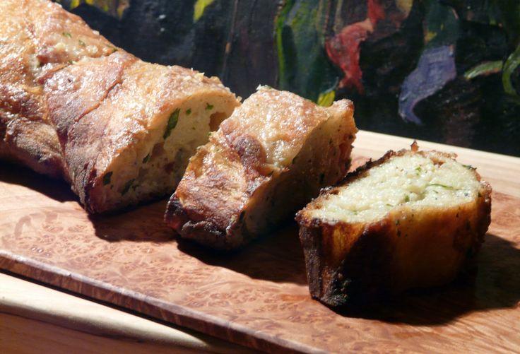 Gorgonzola Garlic Bread | Breads, Rolls & Biscuits | Pinterest
