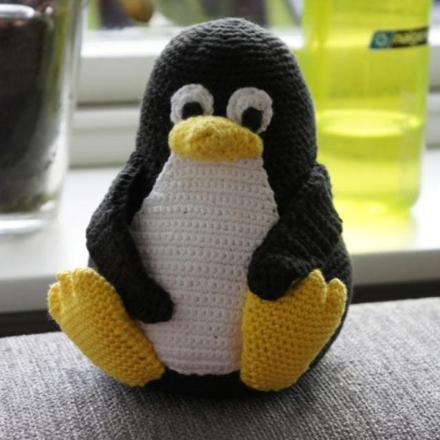 Amigurumi Linux Penguin : Pin by Wilma Spielen on Amigurumi Penguins Pinterest