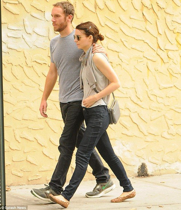 that dresses together    Rooney Mara and boyfriend Charlie McDowellRooney Mara Boyfriend
