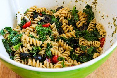 Recipe for Whole Wheat Pasta Salad with Fried Kale, Tomatoes, Olives ...