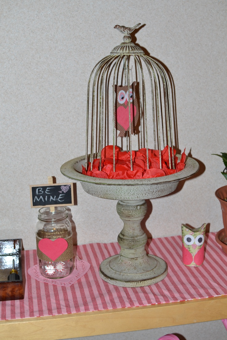 Misc Vday decor: spaghetti sauce mason jar, dollar store clothes pin w