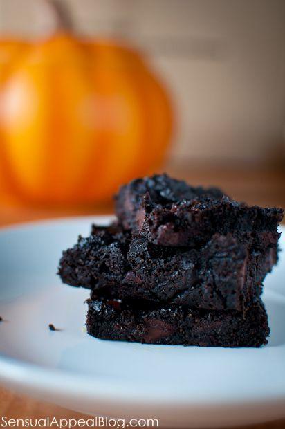 "Pumpkin Brownies (vegan) & ""The Hypnotist's Love Story"" by Liane ..."