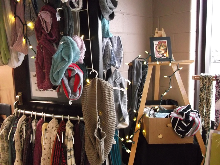seven threads display at the market