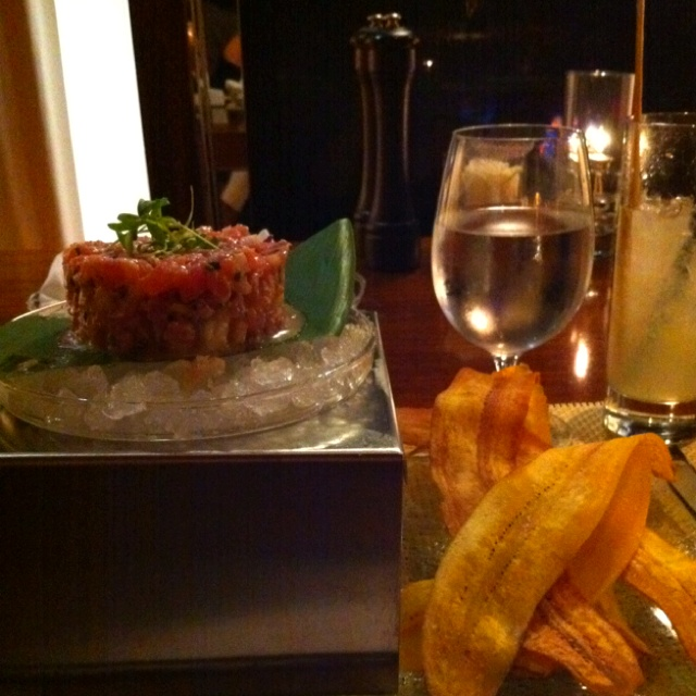 Tuna ceviche with plantain chips and a mojito at the SLS hotel in ...