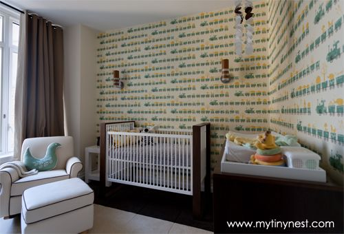 Modern trail wallpaper accent walls for the baby room - #nursery #babyroom