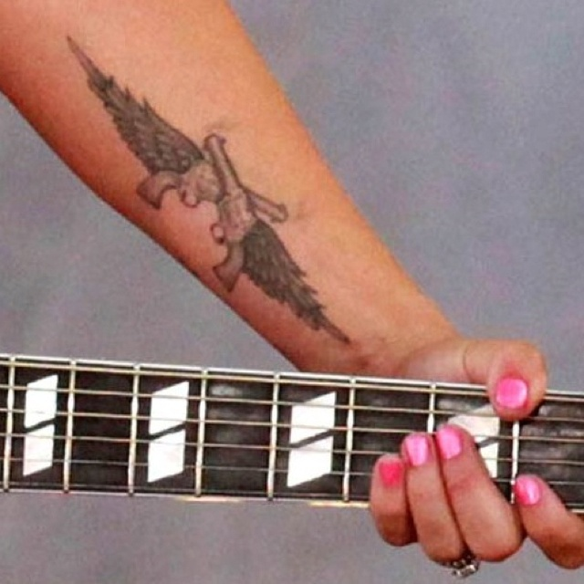 Miranda lambert foot tattoo the image for Miranda lambert new tattoo