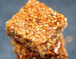 Sesame Brittle | Yummy Food | Pinterest
