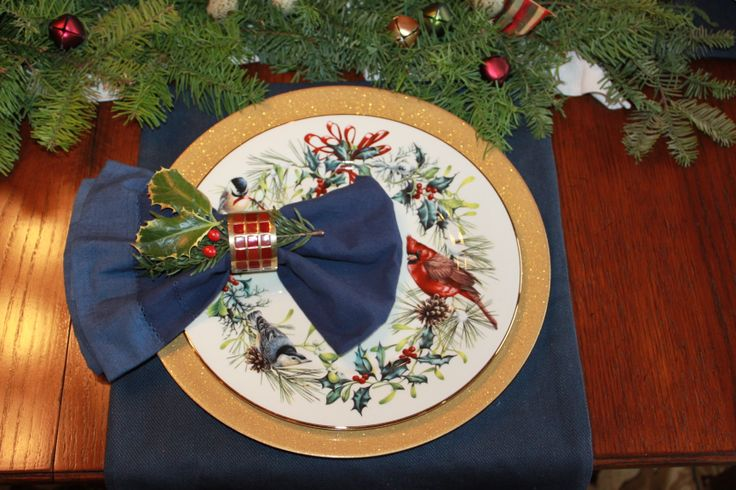 Christmas table idea in blue